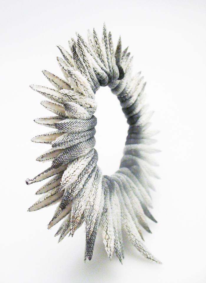 Tzuri Gueta - Bracelet chardon © TG Studio