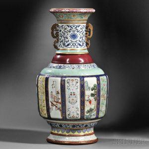 Un vase impérial chinois vendu 24,7 millions de dollars